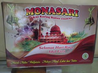 Paket kue monasari