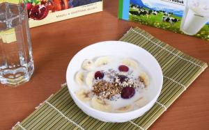 Susu Pisang Kurma Makanan Penuh Gizi